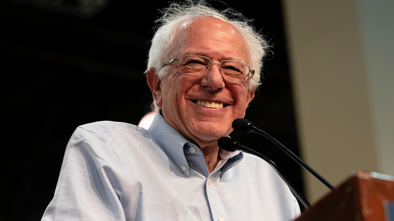 Bernie Sanders vows to divulge secrets about aliens if elected